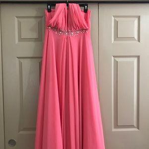 Dresses & Skirts - Multi functional prom dress